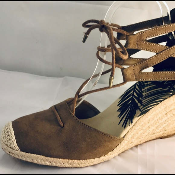 785ec1afb8b DV Manica Ghillie Espadrille Wedge lace up sandal